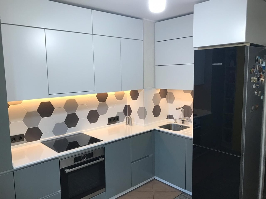 Белый кухонный гарнитур-Кухня МДФ в эмали «Модель 445»-фото1