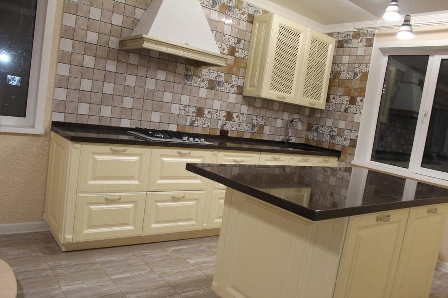 Белый кухонный гарнитур-Кухня МДФ в ПВХ «Модель 495»-фото2