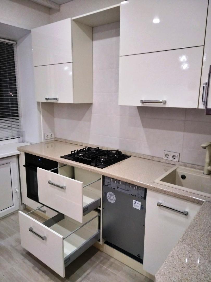 Белый кухонный гарнитур-Кухня МДФ в ПВХ «Модель 532»-фото5
